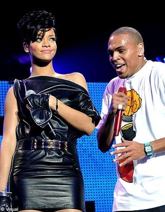 Chris Brown : il offre une photo d'eux à Rihanna