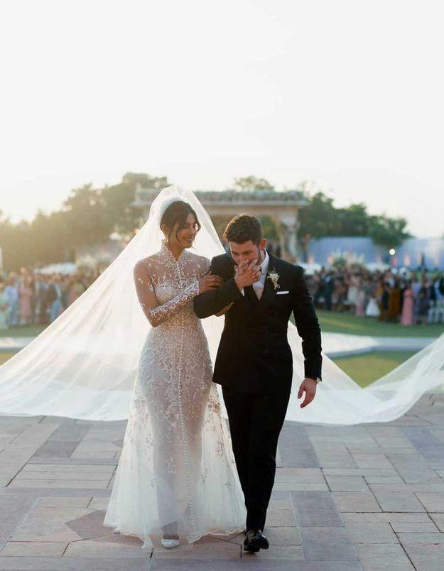 Nick Jonas et Priyanka Chopra en robe de mariée