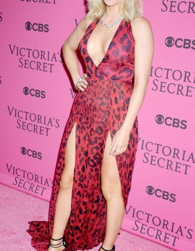Ellie Goulding au défilé Victoria's Secret 2015