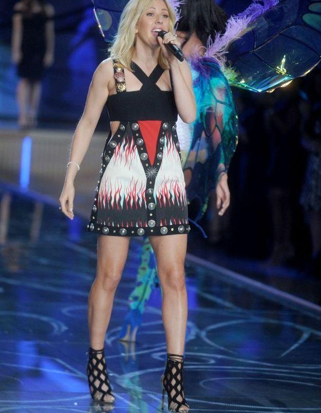 La performance d'Ellie Goulding au défilé Victoria's Secret 2015