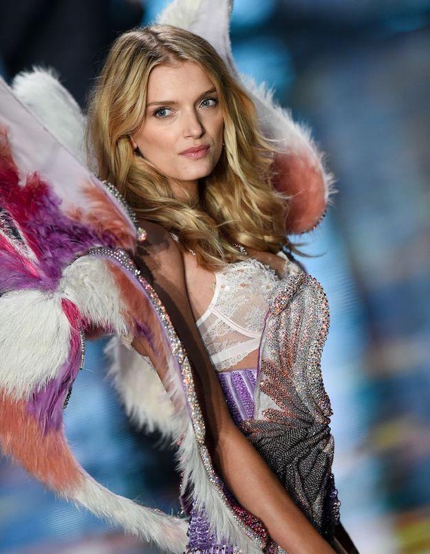 Lily Donaldson au défilé Victoria's Secret 2014