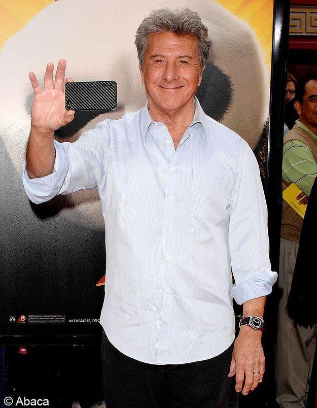 Dustin Hoffman sauve un homme d'un arrêt cardiaque