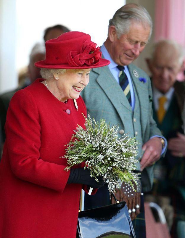 Elizabeth II : souveraine britannique au règne le plus long