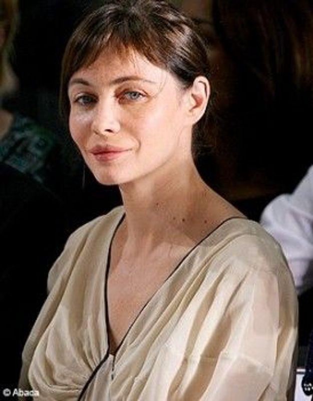 Emmanuelle Béart regrette de s'être fait refaire les lèvres