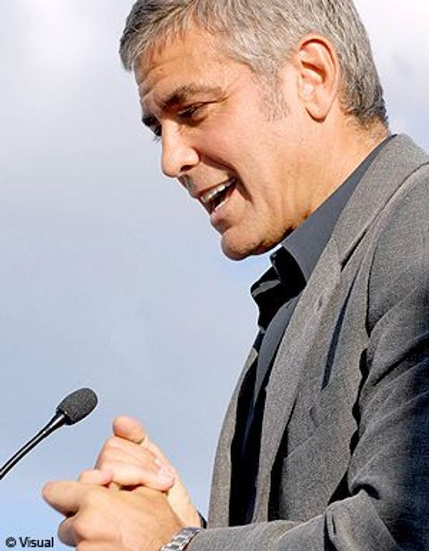 """George Clooney, le nouveau """"parrain"""" de L'Aquila"""