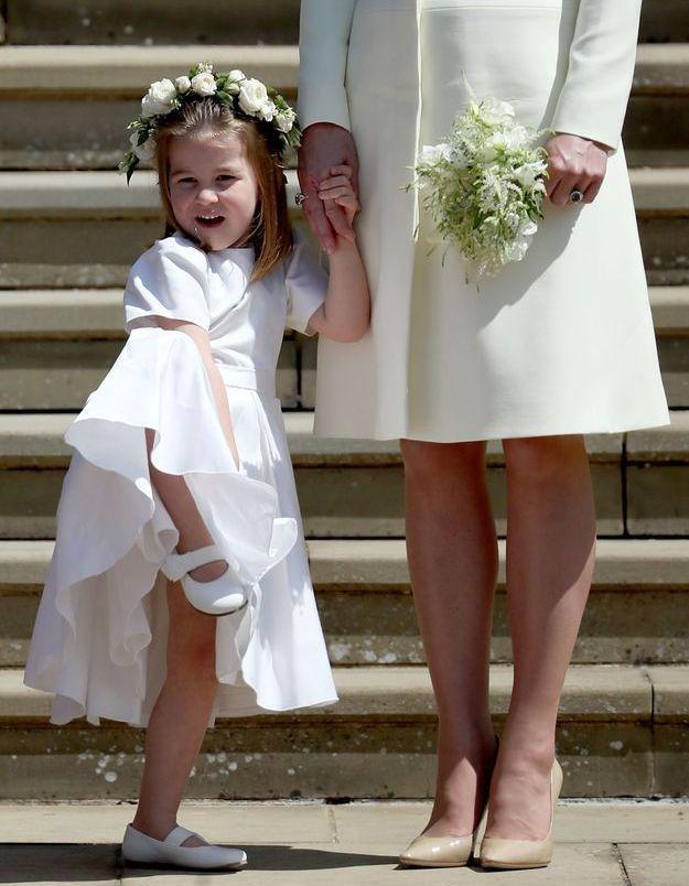 La princesse Charlotte un peu dissipée au mariage du prince Harry et de Meghan Markle