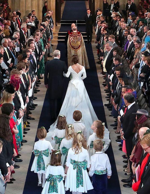 Direction l'autel