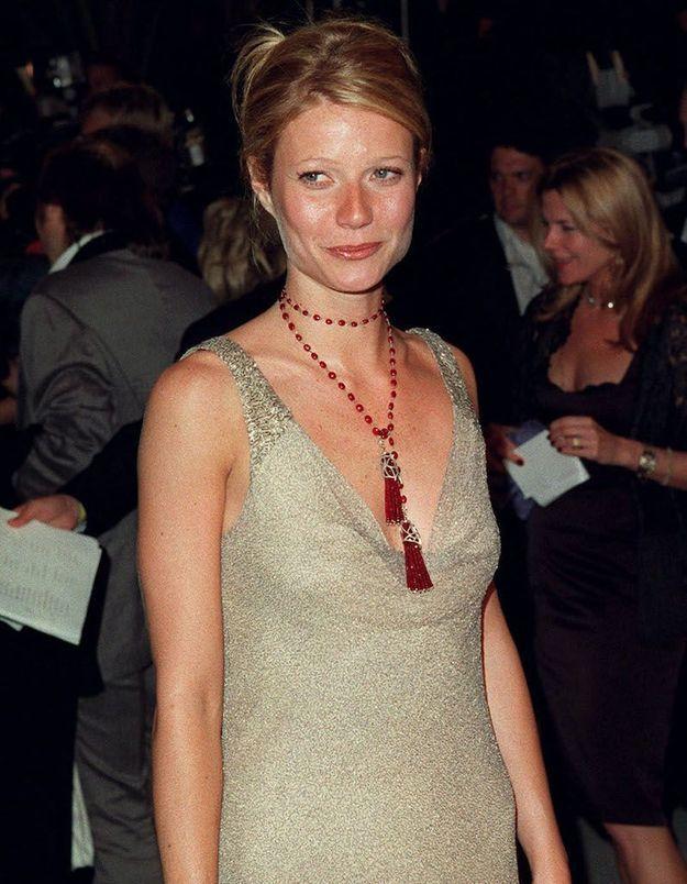Gwyneth Paltrow critiquée pour avoir mis aux enchères l'une de ses robes portée aux Oscars