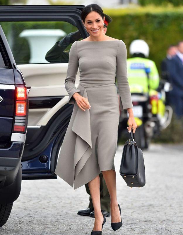 Meghan Markle souriante pour rencontrer le président irlandais
