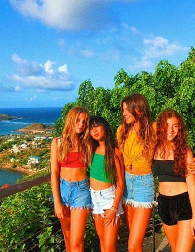Jade Hallyday et son groupe de copines prennent la pose à Saint-Barth
