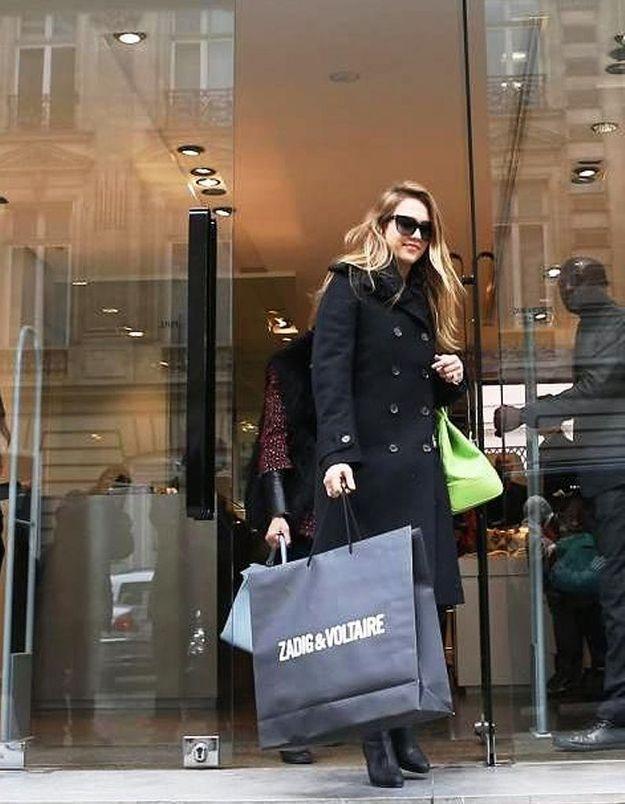 Jessica Alba a joué les Parisiennes ce week-end!