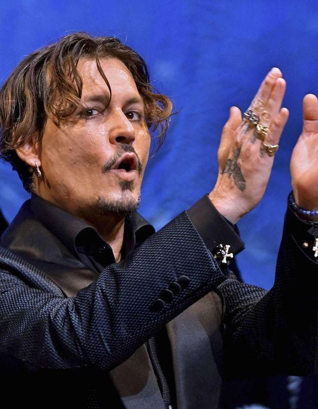 Johnny Depp : découvrez sa nouvelle coupe de cheveux très originale