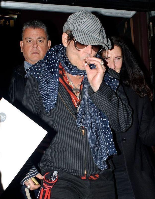 Johnny Depp : en couple avec une actrice
