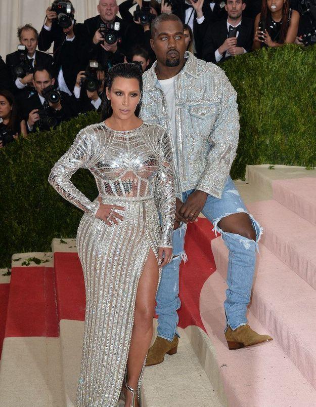 Kanye West touché par le Covid-19 : Kim Kardashian se confie