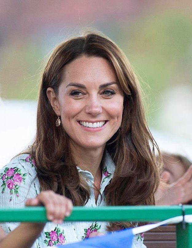 Kate Middleton : mais qui est cette maman qui l'éclipse totalement à l'école de George et Charlotte ?