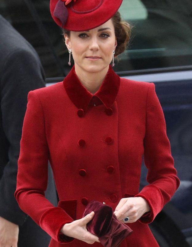Kate Middleton ne porte plus sa bague de fiançailles : un geste pas si anodin contre le coronavirus