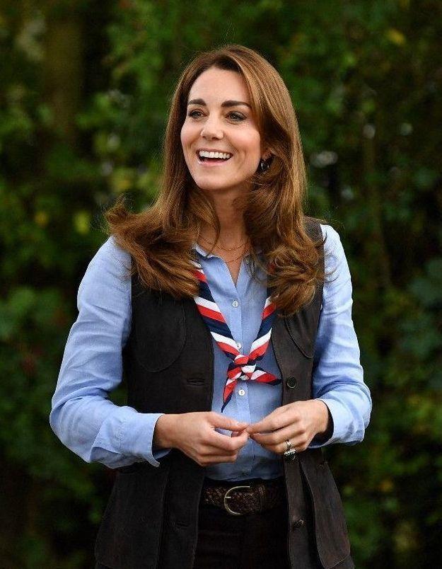 Kate Middleton : un membre de sa famille dérape et insulte Meghan Markle et Harry !