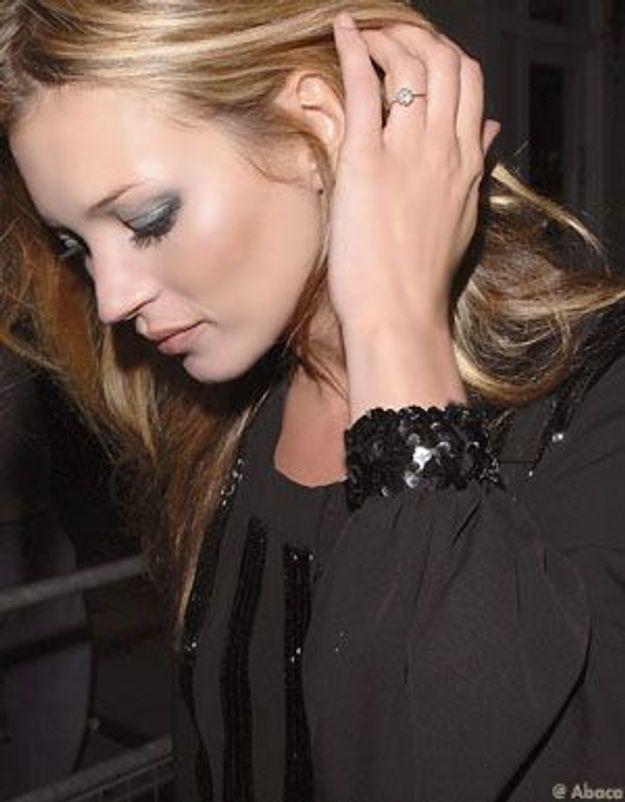 Kate Moss a perdu la bague offerte par Jamie Hince à Noël