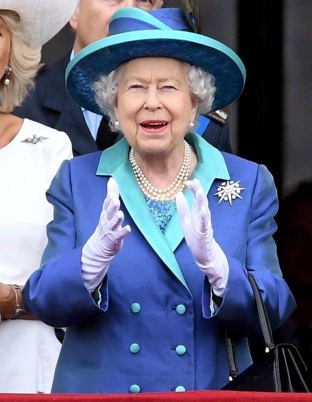 La reine Elizabeth II ravie du spectacle