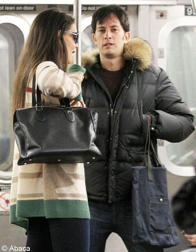 Katie Holmes : une New-Yorkaise dans le métro !