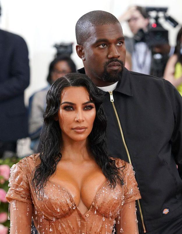 Kim Kardashian annonce la naissance de son quatrième enfant avec Kanye West