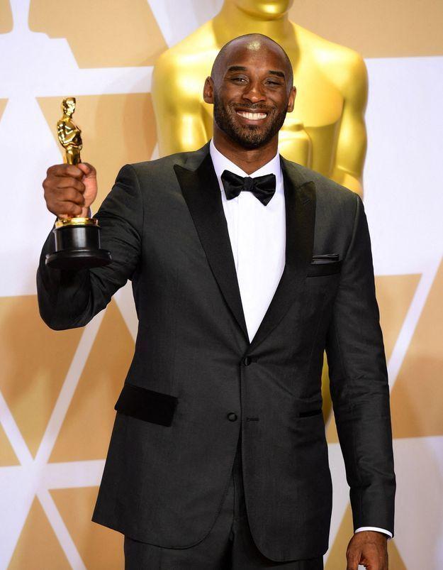 Kobe Bryant, légende du basket, décède dans un accident d'hélicoptère
