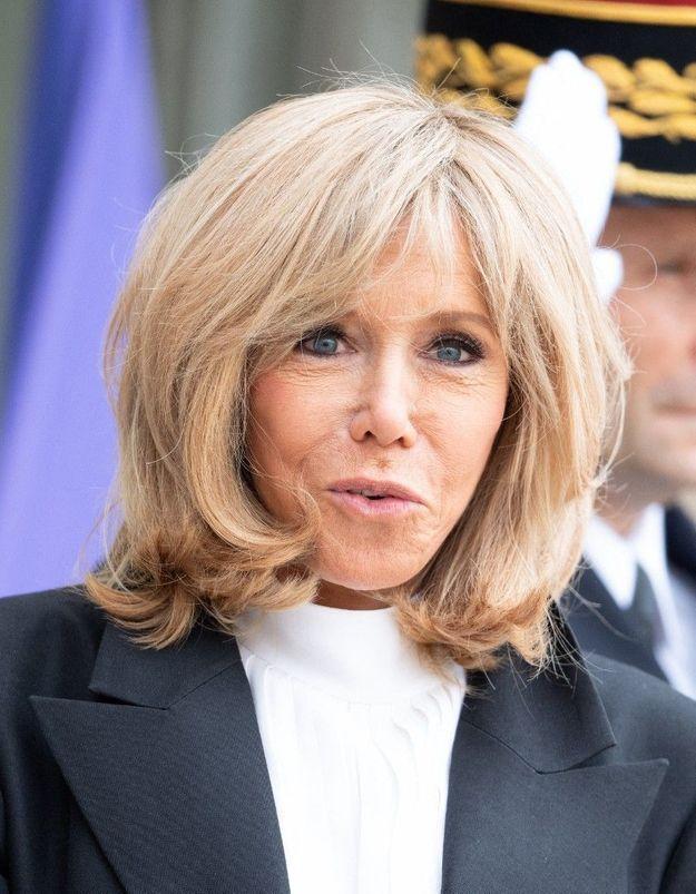 L'Elysée sous cloche : le quotidien de Brigitte Macron en confinement
