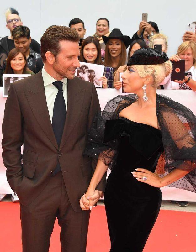 Lady Gaga en couple avec Bradley Cooper : la rumeur qui la dévaste