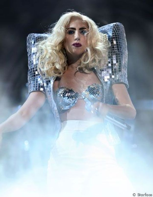 Lady GaGa fait un malaise, son show annulé