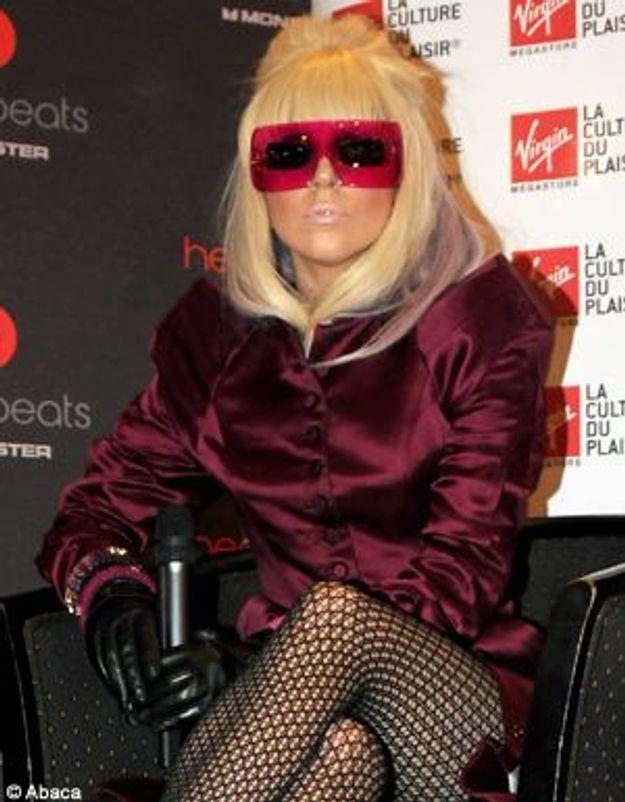 "Lady Gaga : ""Mes fans sont des monstres !"""