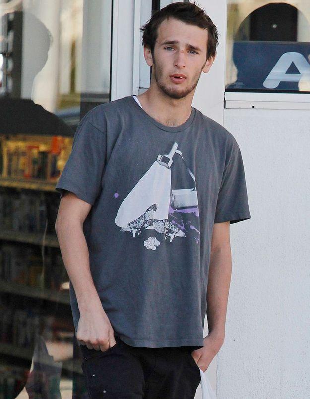 Le fils de Sean Penn s'énerve contre un photographe