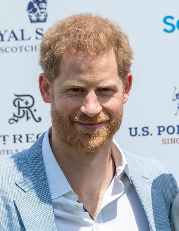 Le prince Harry totalement accro à son fils : « Il ne le quitte jamais des yeux »