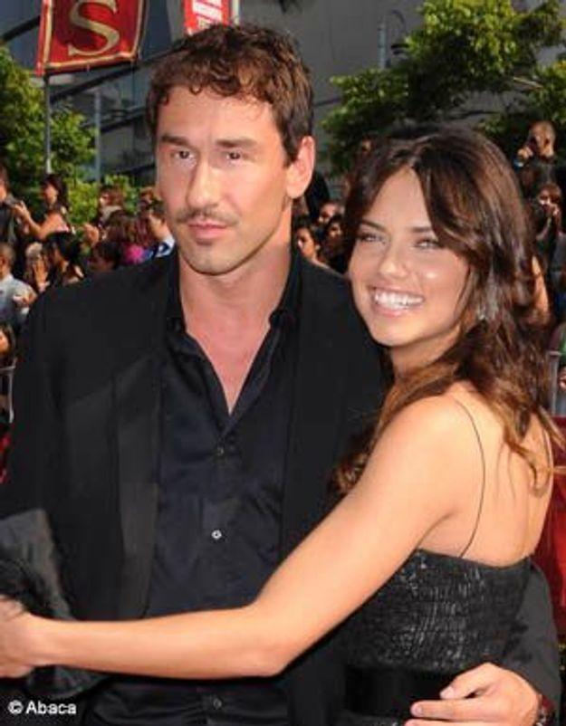Le top Adriana Lima, enceinte de son premier enfant !