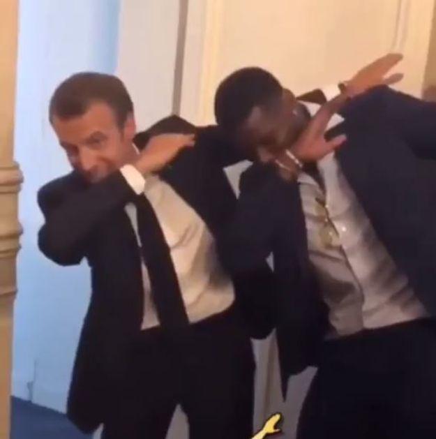 Un nouveau dab pour Emmanuel Macron et Paul Pogba à l'Elysée