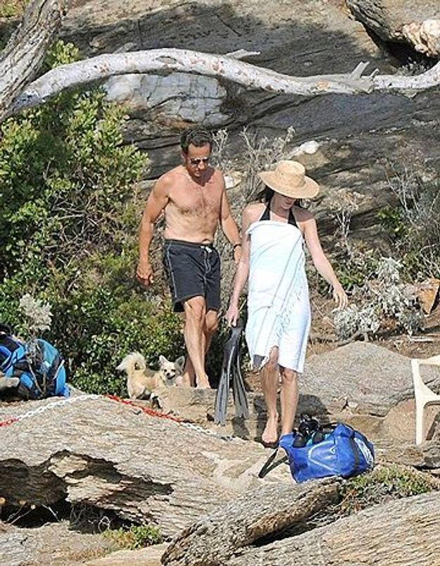 Les Sarkozy : vacances de rigueur !