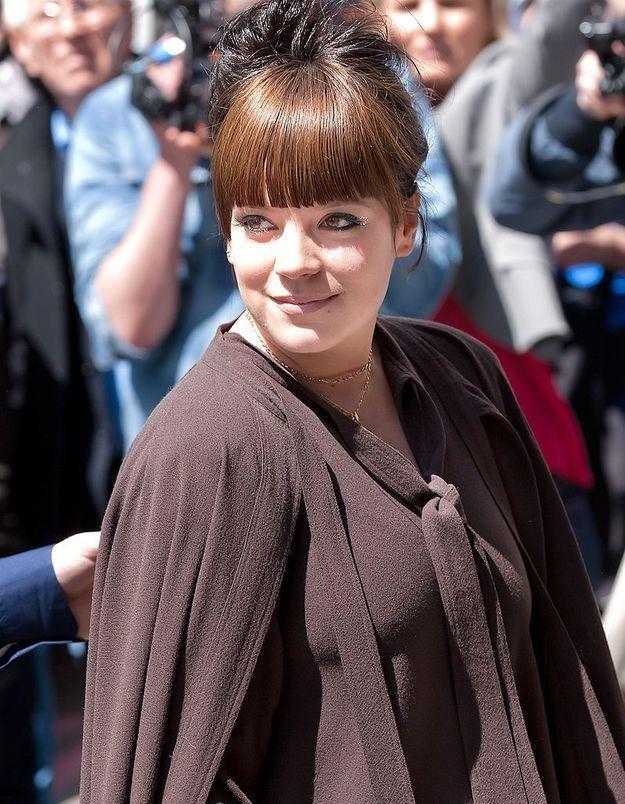 Lily Allen live tweete l'accouchement de Kate Middleton !