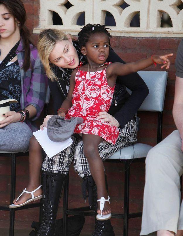 Madonna : pas si charitable que ça ?