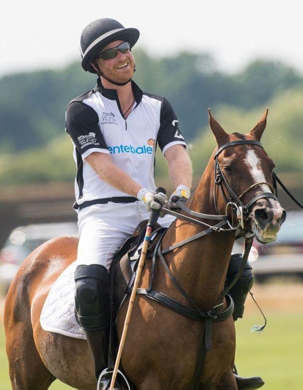Le prince Harry sur son cheval