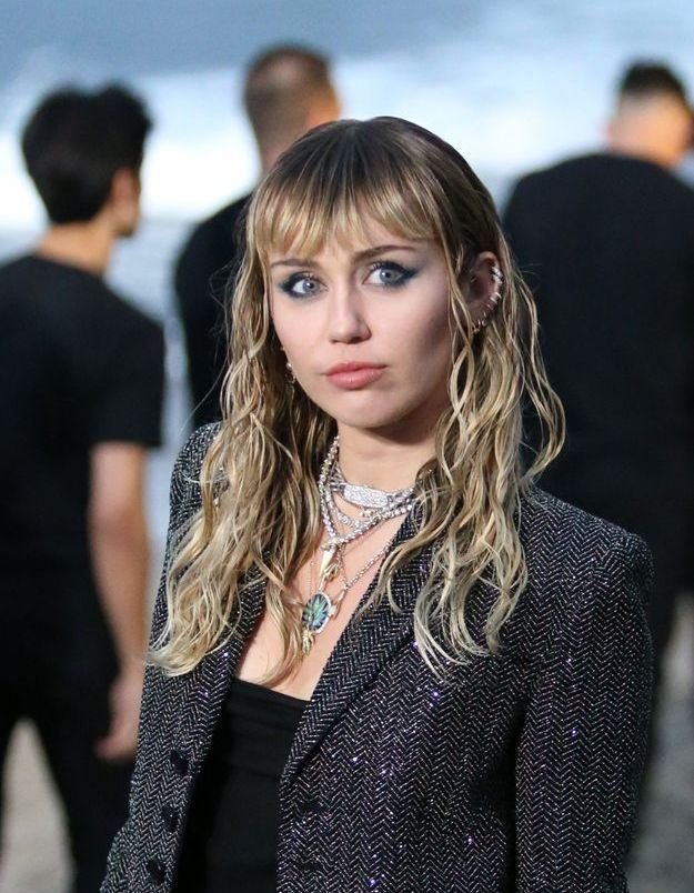 Miley Cyrus : pourquoi elle refuse d'être maman