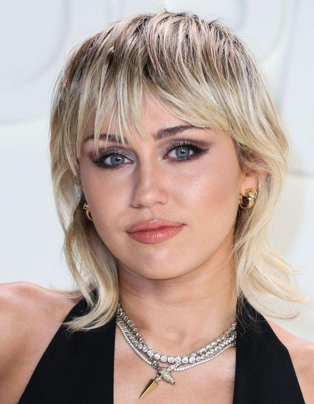 Miley Cyrus : cette angoisse qui l'a fait arrêter la drogue et l'alcool