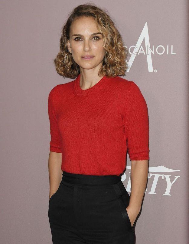 Natalie Portman appelle à couper les budgets à la police