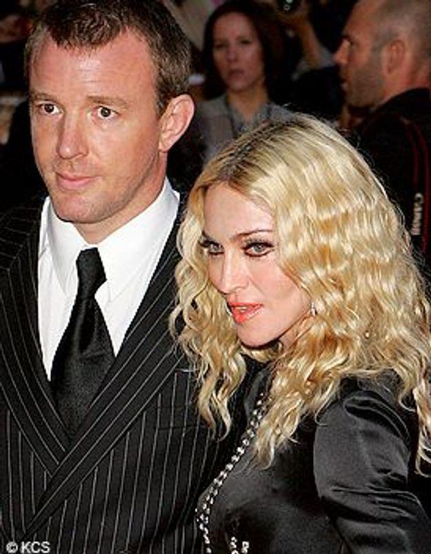 Noël avec Madonna, Guy Ritchie voit rouge
