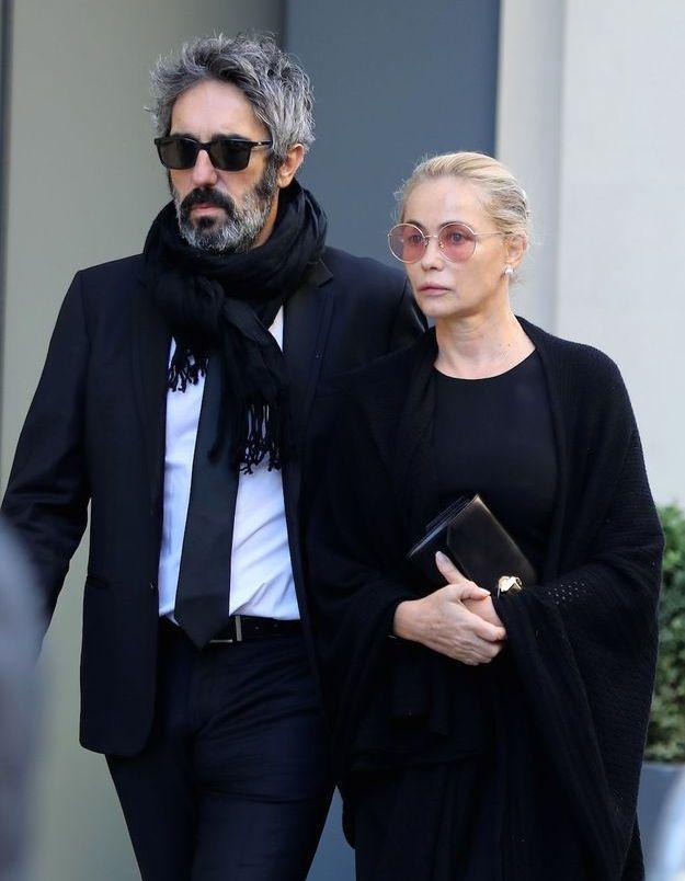 Emmanuelle Béart et son mari Frédéric Chaudier aux obsèques de Charles Aznavour