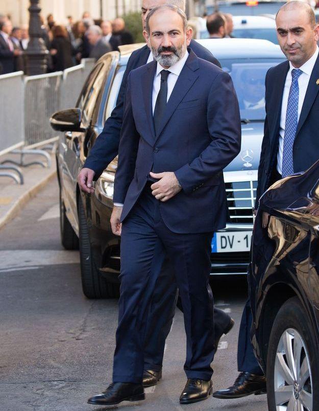 Le premier ministre arménien aux obsèques de Charles Aznavour
