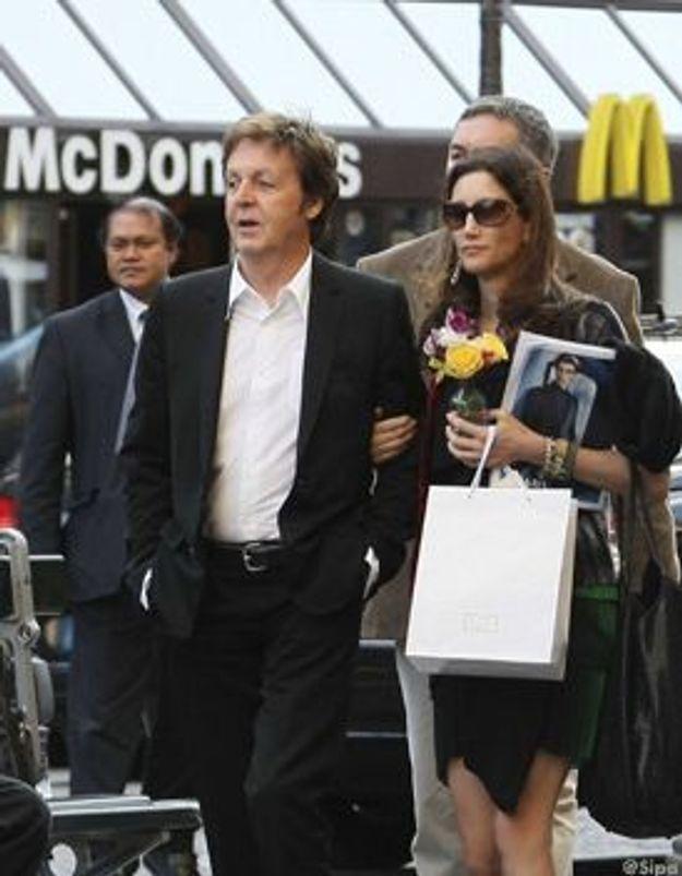 Paul McCartney furieux contre McDonald's