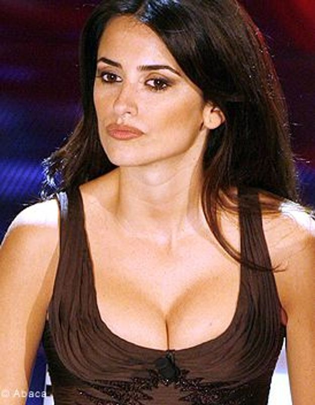 Penelope Cruz cède à la mode de l'adoption