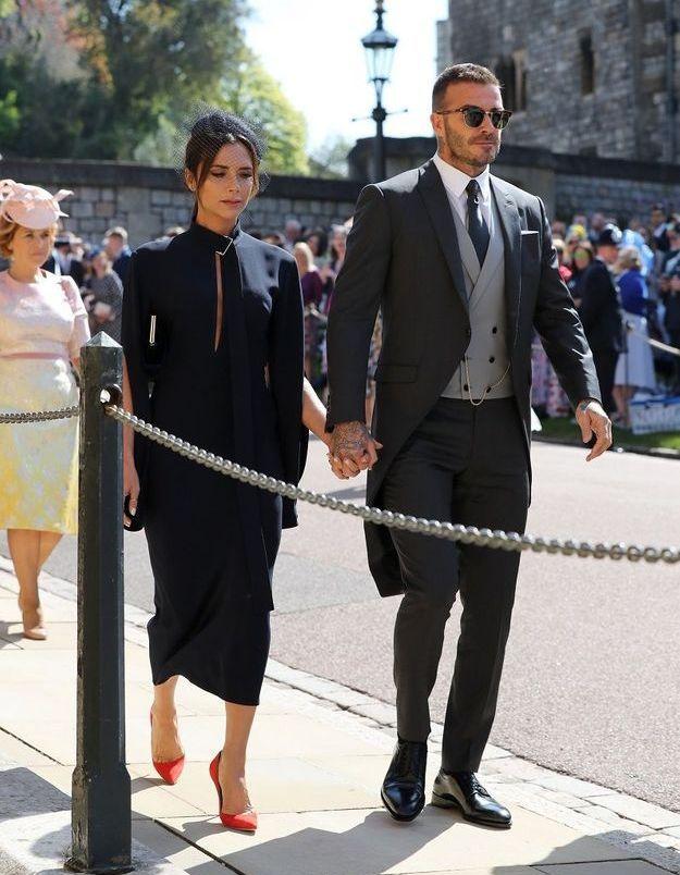 David et Victoria Beckham pénétrent dans la chapelle