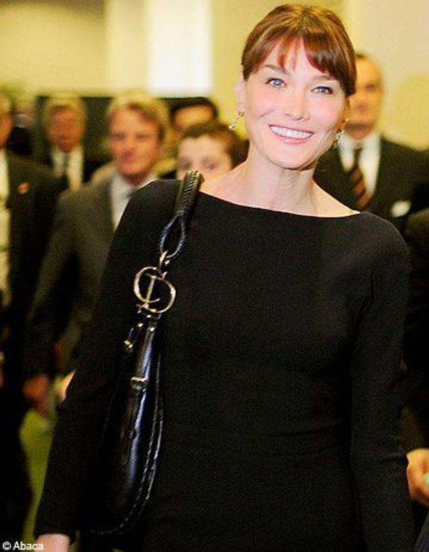 Polémique : Carla Bruni vole au secours de Michelle Obama