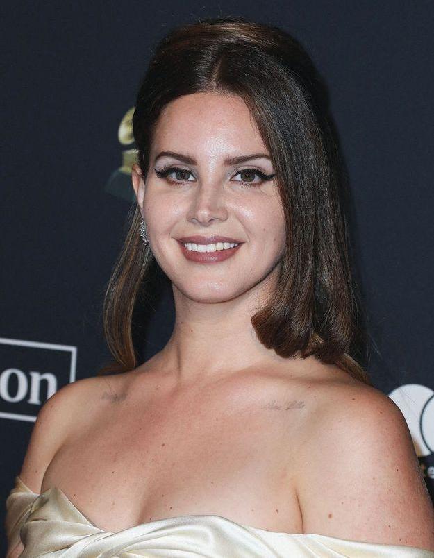 Pourquoi Lana Del Rey se retire des réseaux sociaux ?
