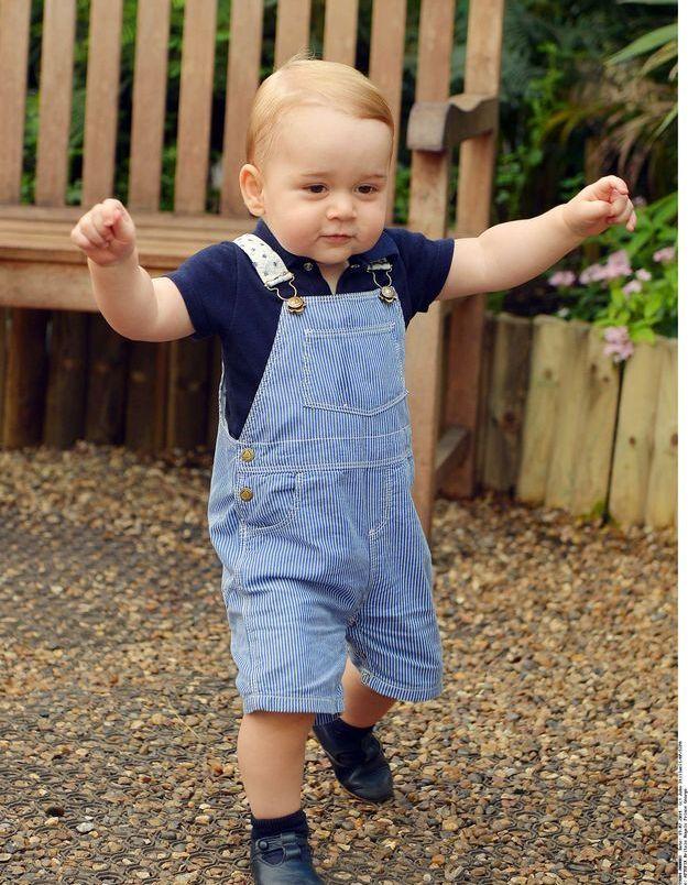 Ça y est ! Pour son premier anniversaire, George marche !